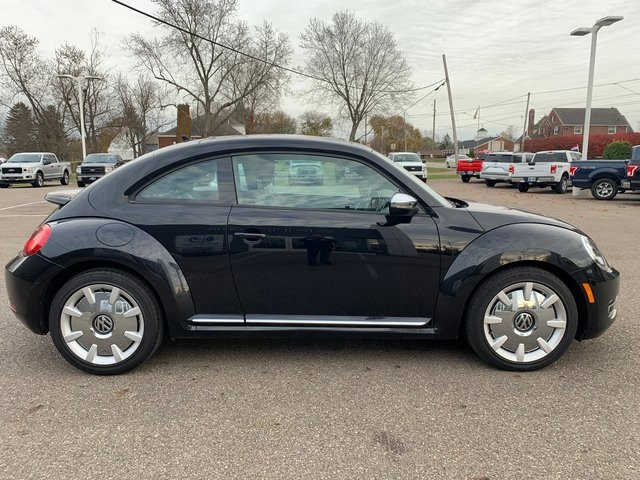 Pre-Owned 2013 Volkswagen Beetle 2.0T Fender Edition