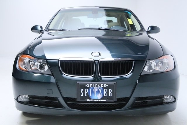 Pre-Owned 2006 BMW 3 Series 325i